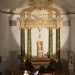 L'autel à baldaquin lors du concert du 20 août 2015