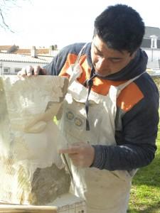 Le sculpteur sur pierre : Mauricio Arancibia