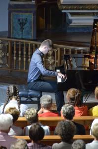 Corentin Brandet interprétant la Partita en ut mineur de Bach